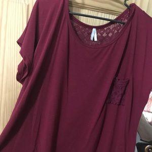 Maroon shirt sleeve top